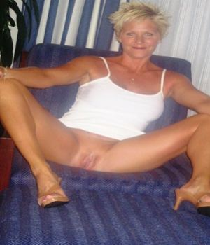 Blonde Granny Shows Us Her Inviting Pussy