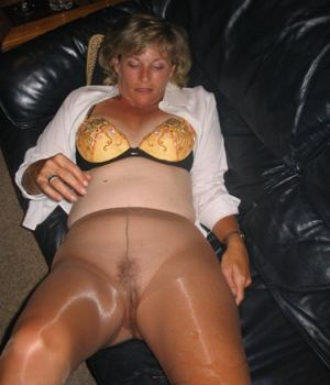 Grandma No Panty At All