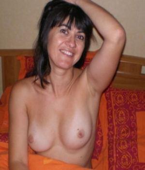 Hot MILF Exposing Her Round Tits