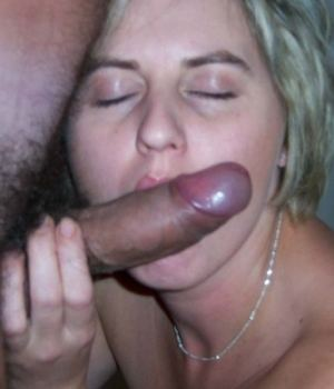 Nude Hot Sucking Wife Showing Her Skills