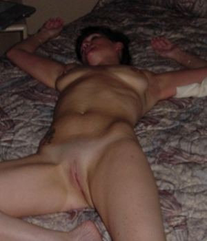 Nude Sleeping Mommy Caught On Cam