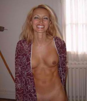 Skinny Milf Blonde Takes Off Her Robe