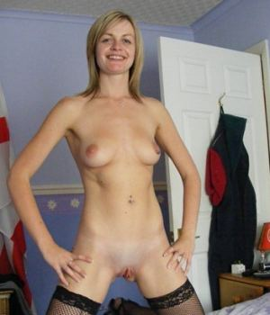 Slim MILF Got Nothing To Hide